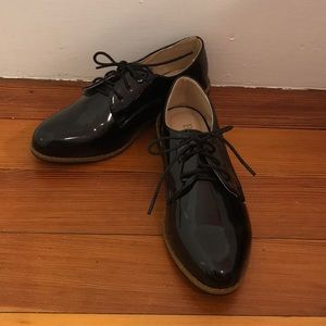 BellaMarie SZ: 5.5 Patient Leather Dress Shoes